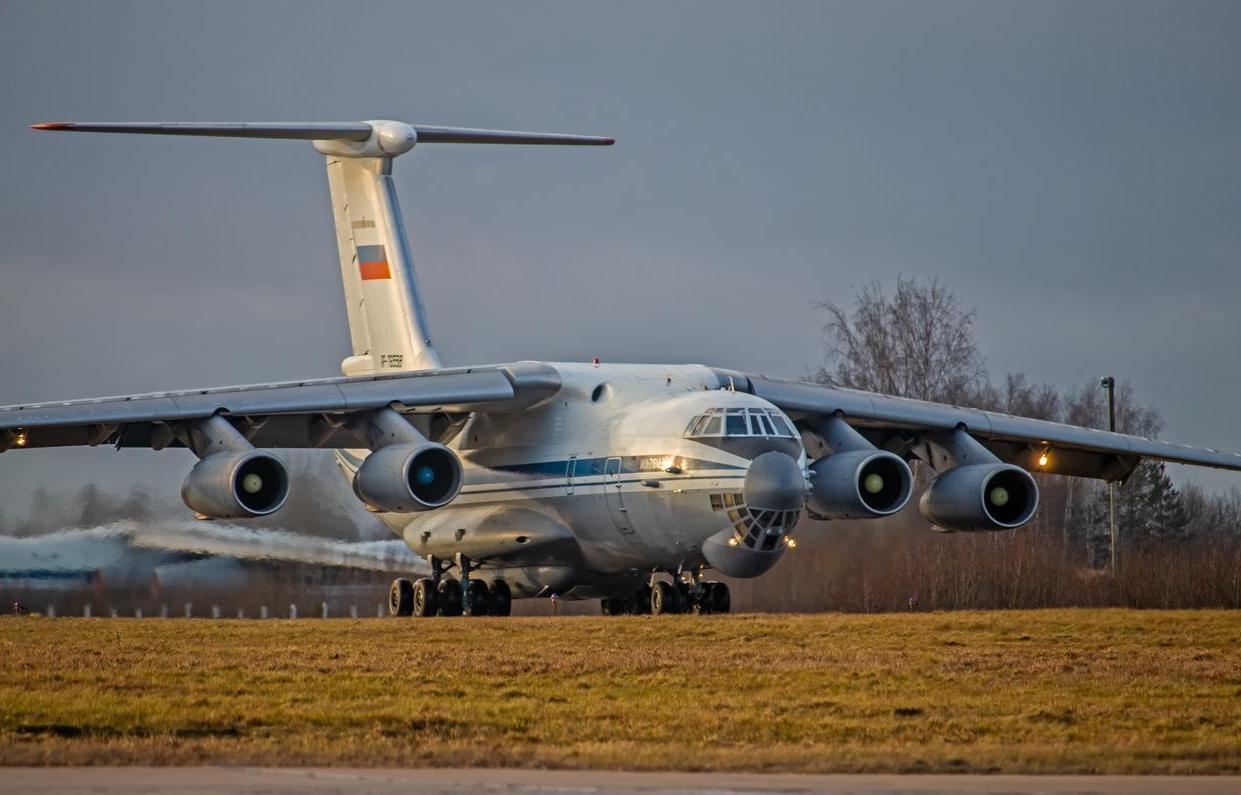 В Твери участвовавший в краже 11 тысяч литров авиационного топлива ефрейтор наказан штрафом - новости Афанасий
