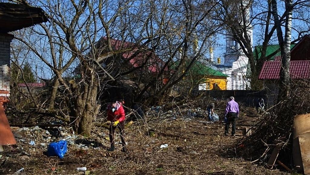 Волонтеры «Том Сойер Феста» в Кимрах убрались на территории «Дома Туполева» - новости Афанасий