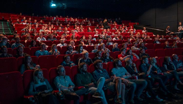 Руководитель конаковского ДК, где год не могут открыться залы первого кинодискаунтера: «Не хочу, чтобы случилась ЧС»