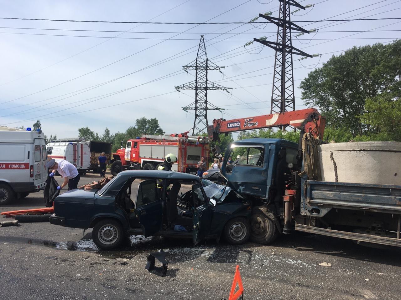 ДТП на улице Туполева в Твери: получивший травмы водитель «семерки» погиб - новости Афанасий
