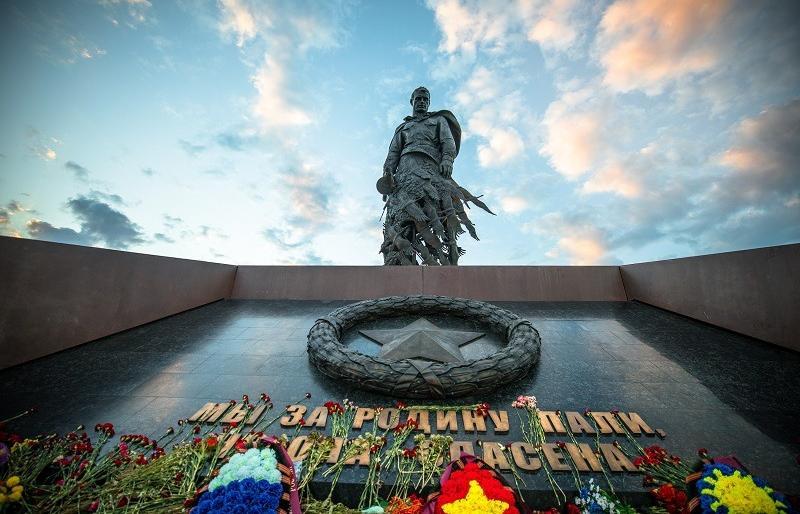 Ржевский мемориал Советскому солдату в Тверской области посетили уже около 450 тысяч человек  - новости Афанасий