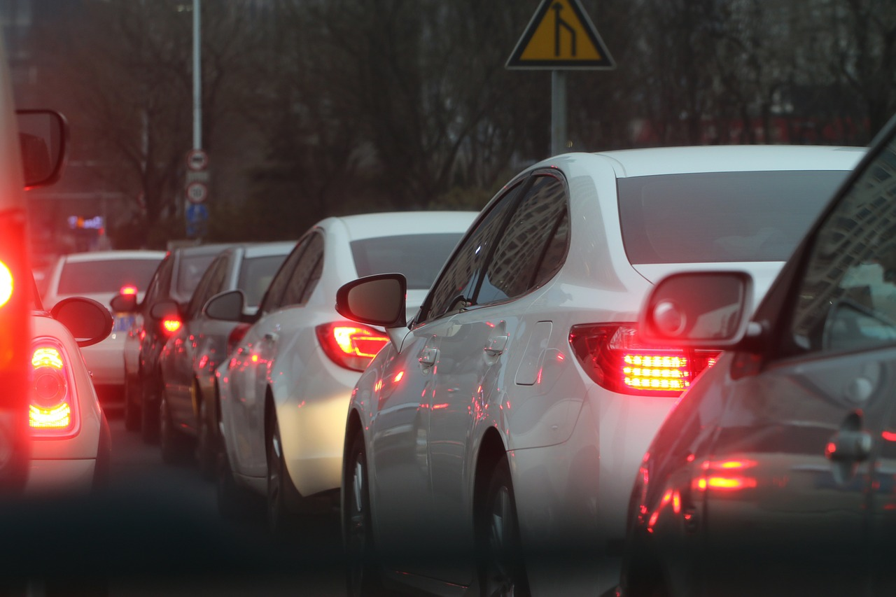 В Заволжском районе Твери автомобилисты встали в пробках - новости Афанасий