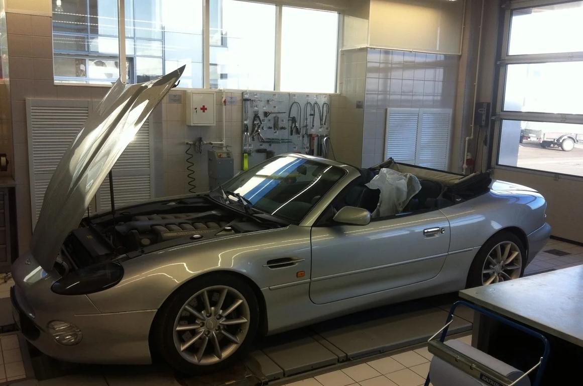 В Твери выставили на продажу уникальный Aston Martin - новости Афанасий