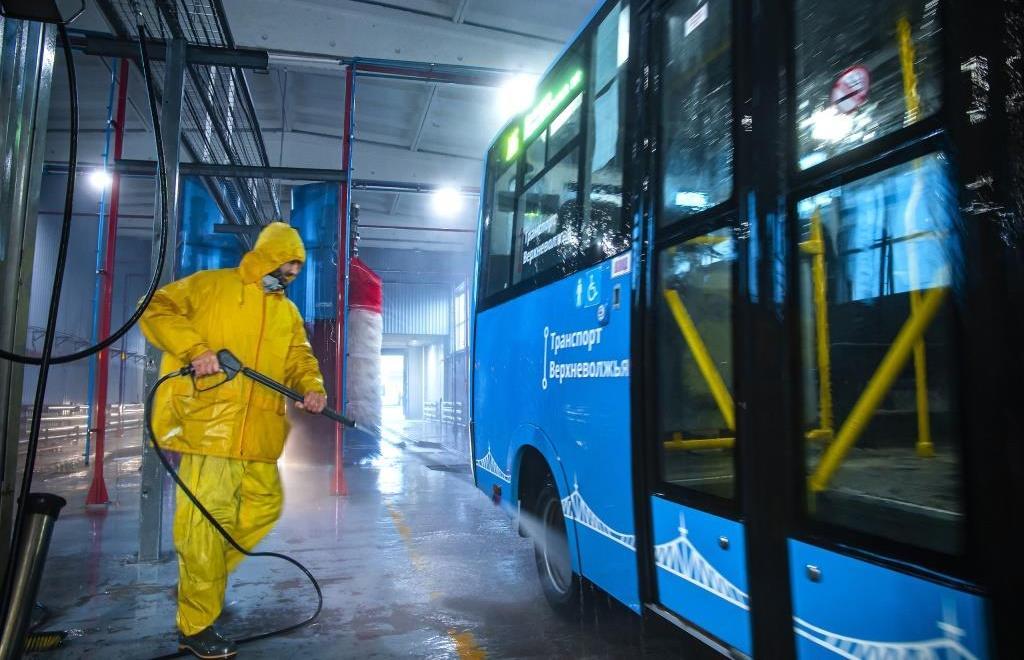 В Тверской области стали чаще обрабатывать автобусы от ковида - новости Афанасий