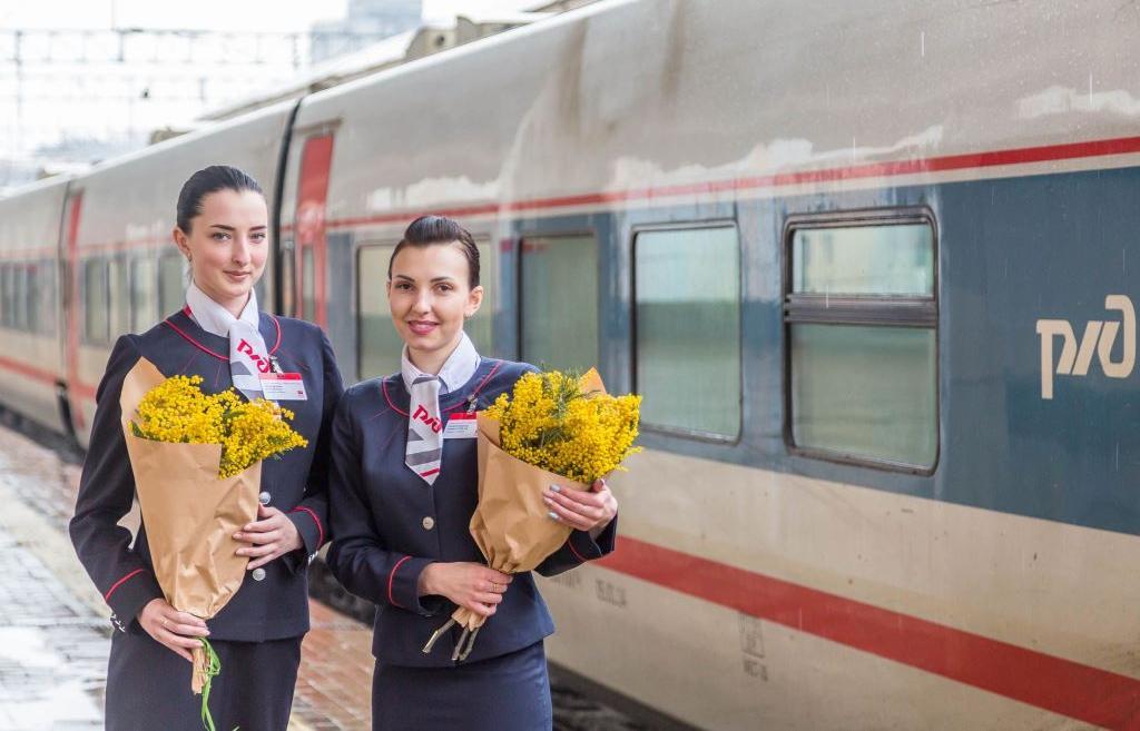 К 8 марта: вводятся доппоезда на участке СПб - Москва, скидка на «Сапсан» и двойной РЖД Бонус - новости Афанасий