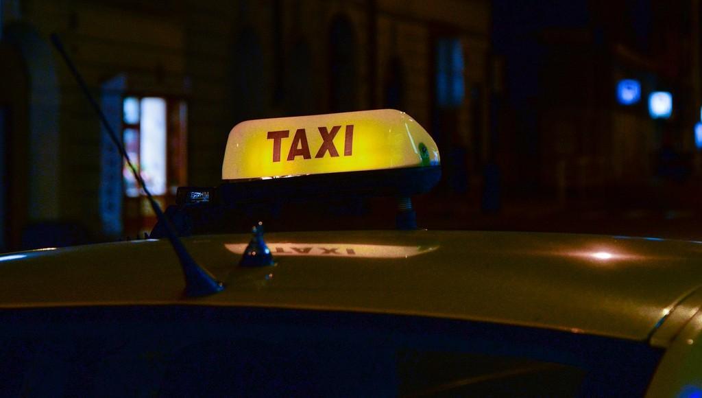 В Твери рассматривается дело о жестоком убийстве таксиста - новости Афанасий