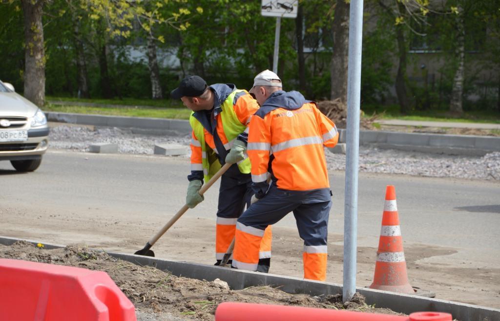 В Твери планируют отремонтировать дороги к школам и детским садам - новости Афанасий