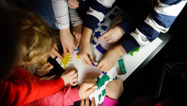 Пластилиновая сказка: детей в Твери научили создавать мультфильмы / фоторепортаж, видео