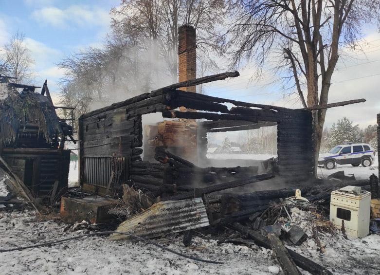 В Тверской области на пожаре погиб мужчина - новости Афанасий