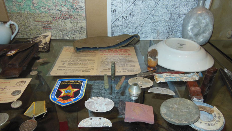 В Твери открылась выставка экспонатов поискового отряда «Фронтовые дороги»