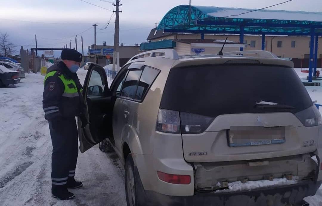 В Твери задержали пьяного угонщика за рулем чужого Mitsubishi Outlander - новости Афанасий