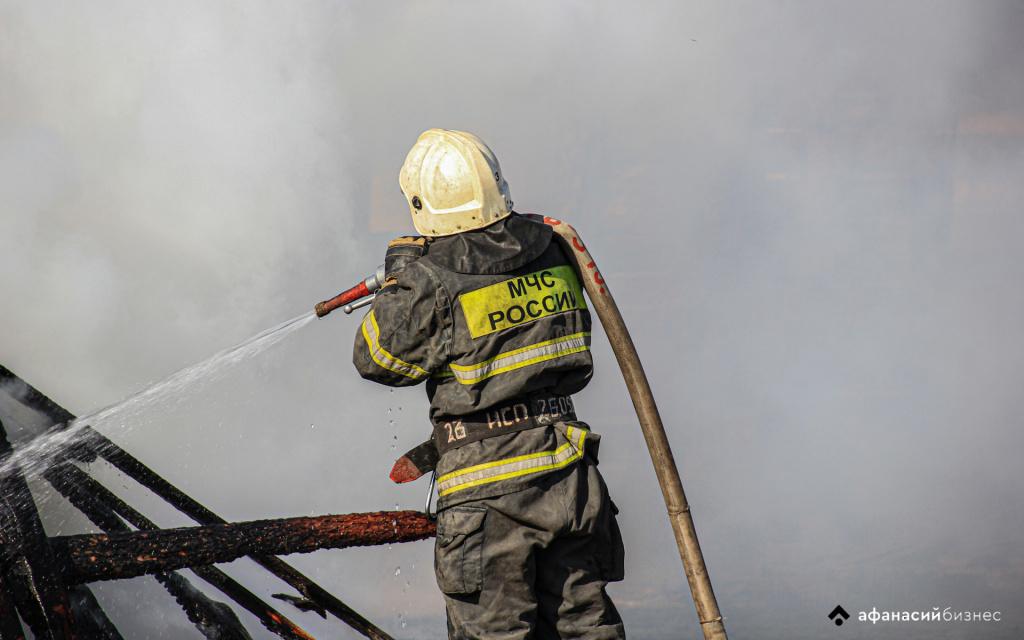 В Тверской области тушили пожар на деревообрабатывающем заводе - новости Афанасий
