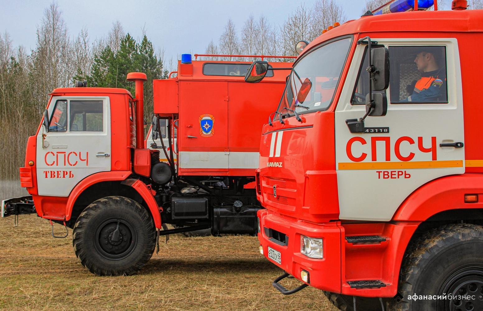В деревне Тверской области сгорело четыре строения - новости Афанасий