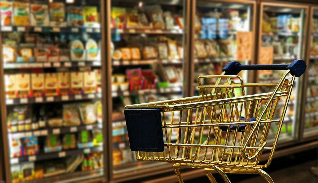 Двойные ценники могут появиться в магазинах России