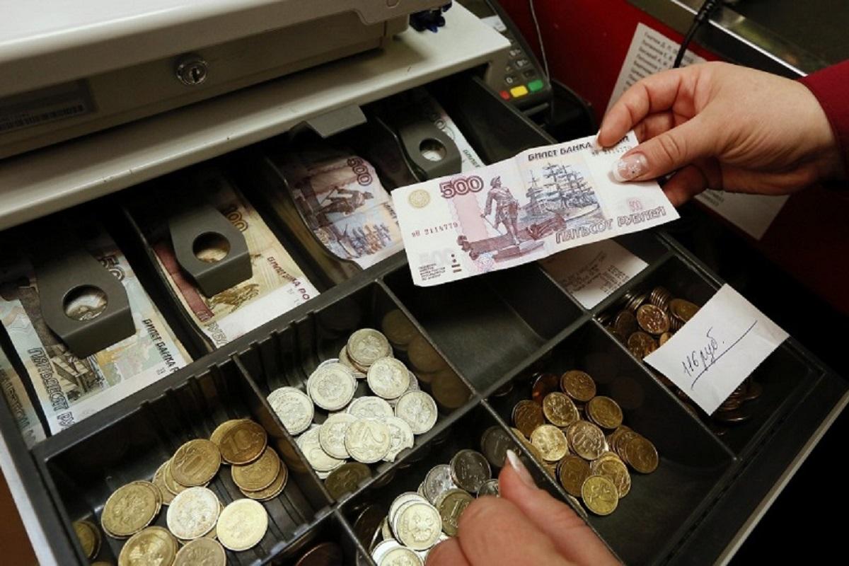 Сотрудница калязинского «Связного» обвиняется в краже товара и денег из кассы - новости Афанасий