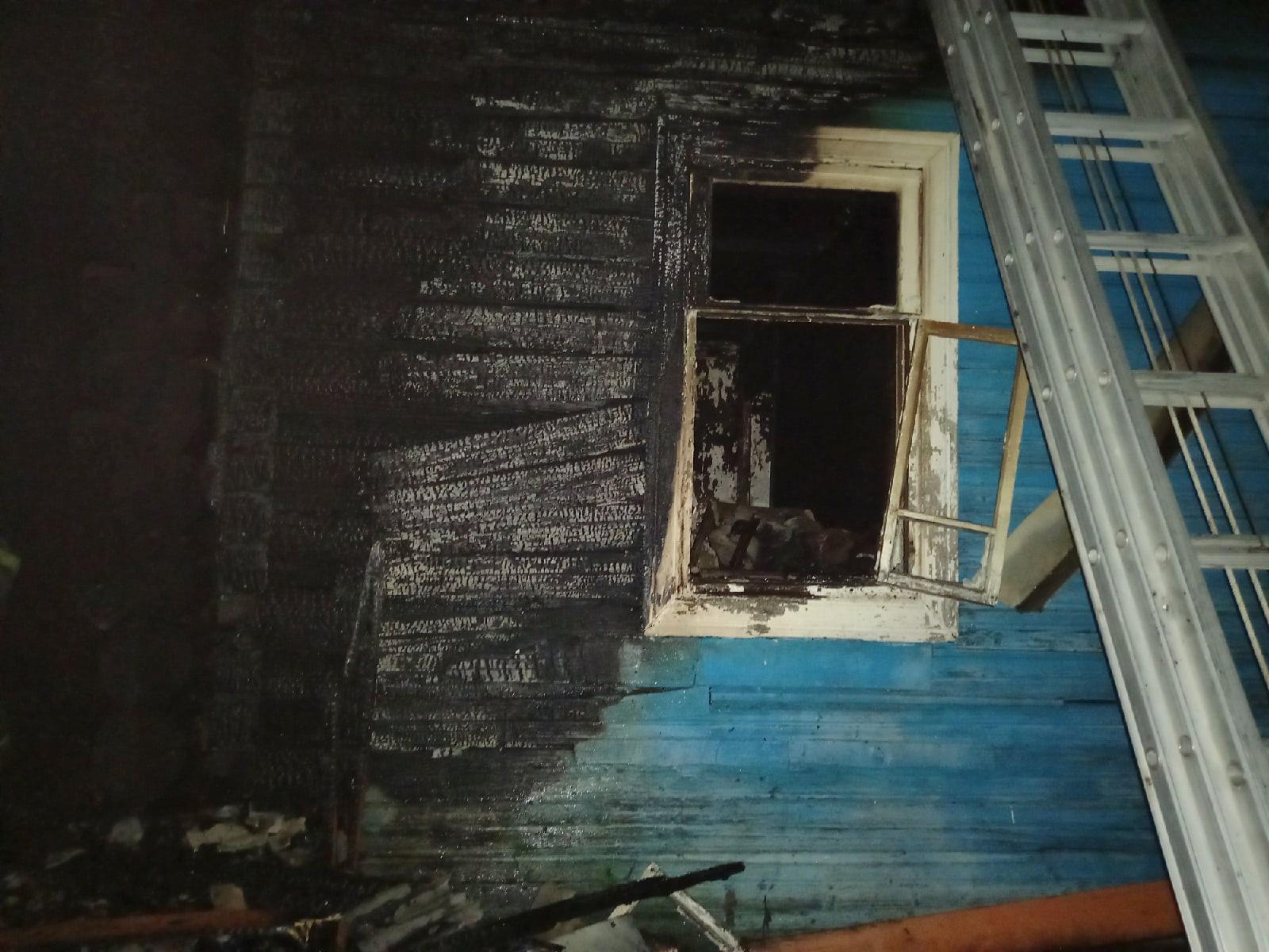 После гибели двух мужчин на пожаре в Тверской области проверку начали в Следственном комитете - новости Афанасий