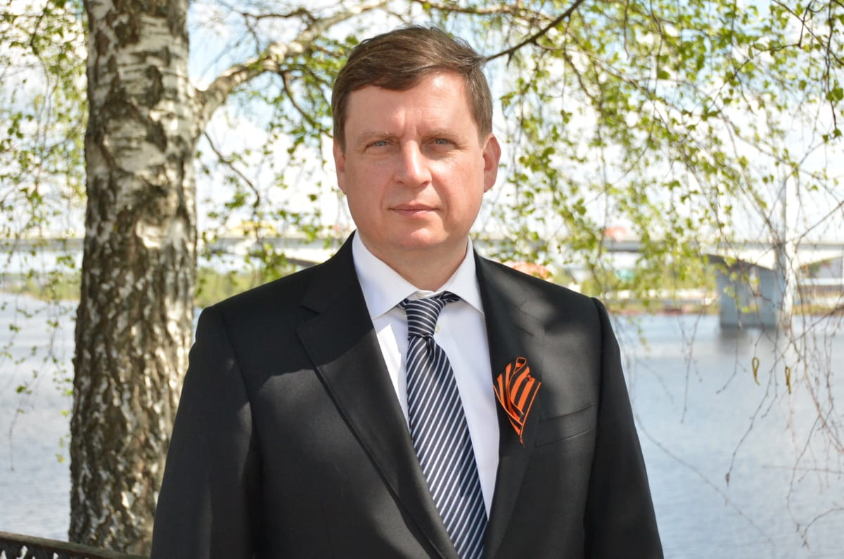 Сенатор Андрей Епишин поздравляет жителей Тверской области с Днем Победы
