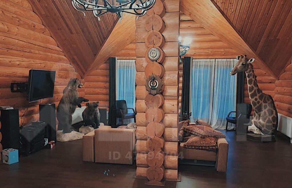 Двухэтажный дом со SPA и бассейном в Тверской области сдают за 390 рублей в месяц - новости Афанасий
