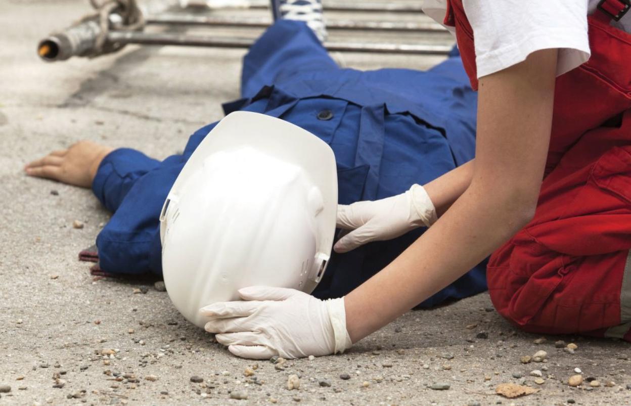 В Тверской области рабочий погиб во время дорожных работ - новости Афанасий