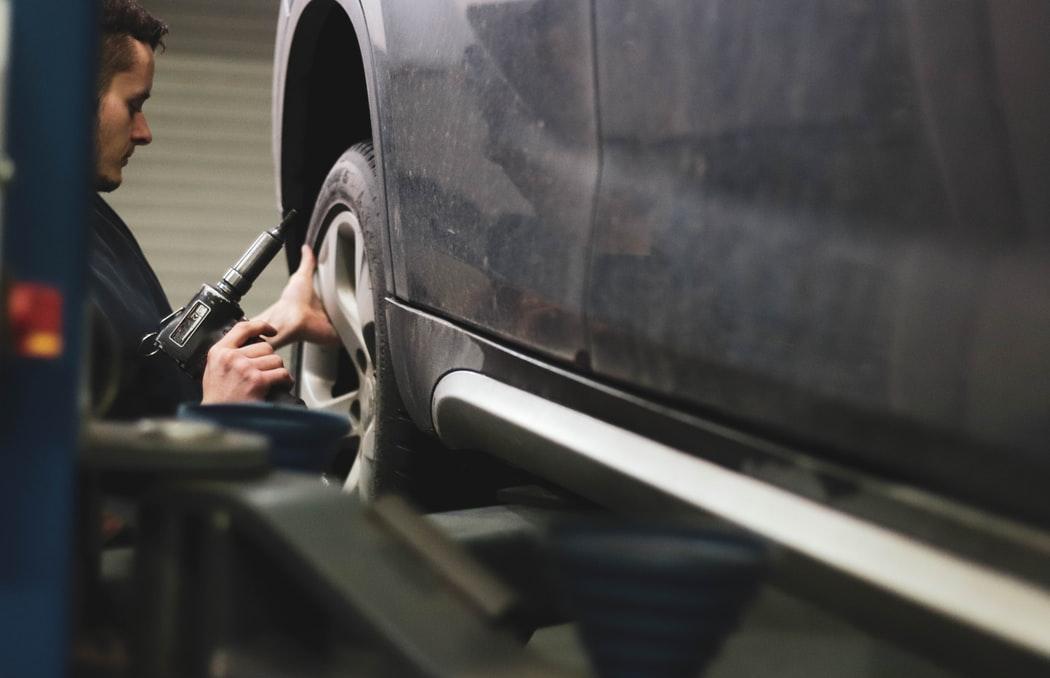 ВТБ: россияне на 16% увеличили расходы на весеннее обслуживание автомобилей - новости Афанасий
