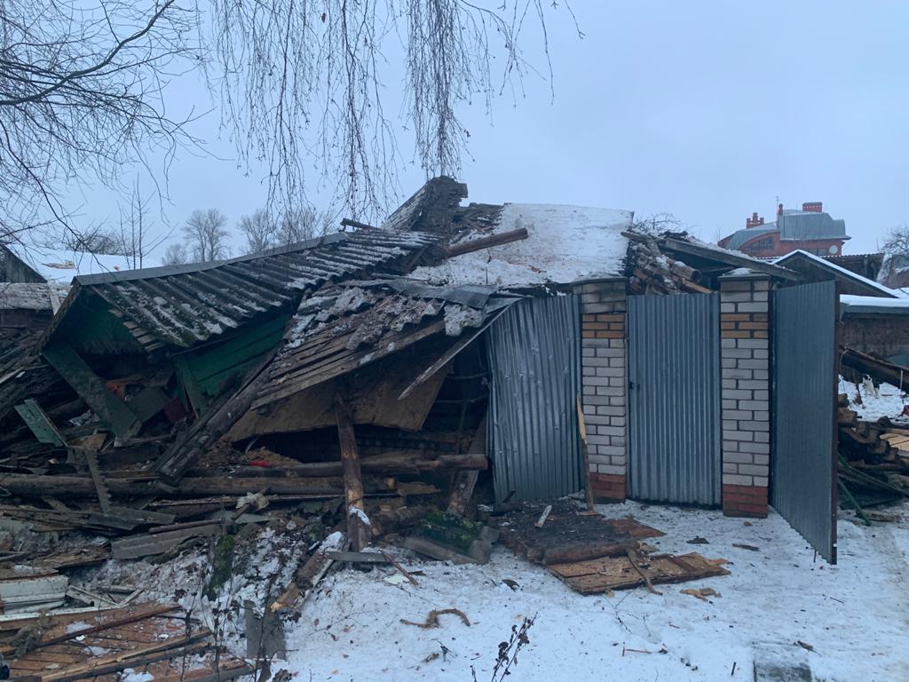 В Тверской области выясняют причины разрушения жилого частного дома - новости Афанасий