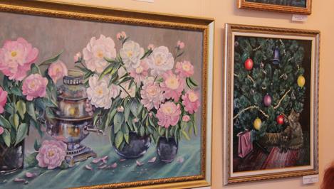В Твери открылась выставка художницы Елены Шупинской «Что сердцу женскому и дорого, и мило»