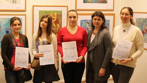 Юные художницы Твери представили свои работы на Всероссийской выставке «Спорт - это жизнь»