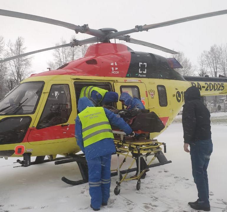 Двух пациенток с инфарктом вертолетами доставили в Тверь из районов - новости Афанасий