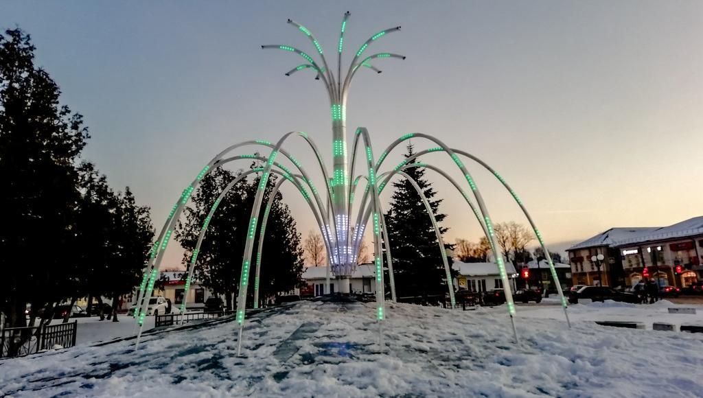 Светодиодный фонтан появился в Бежецке Тверской области - новости Афанасий