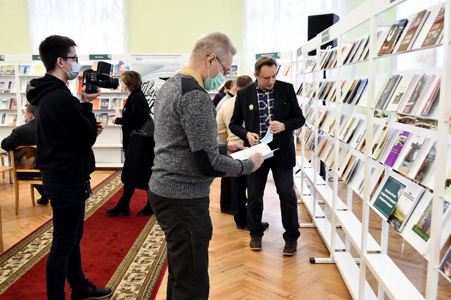 Неделя тверской книги открылась в библиотеке имени Горького в Твери