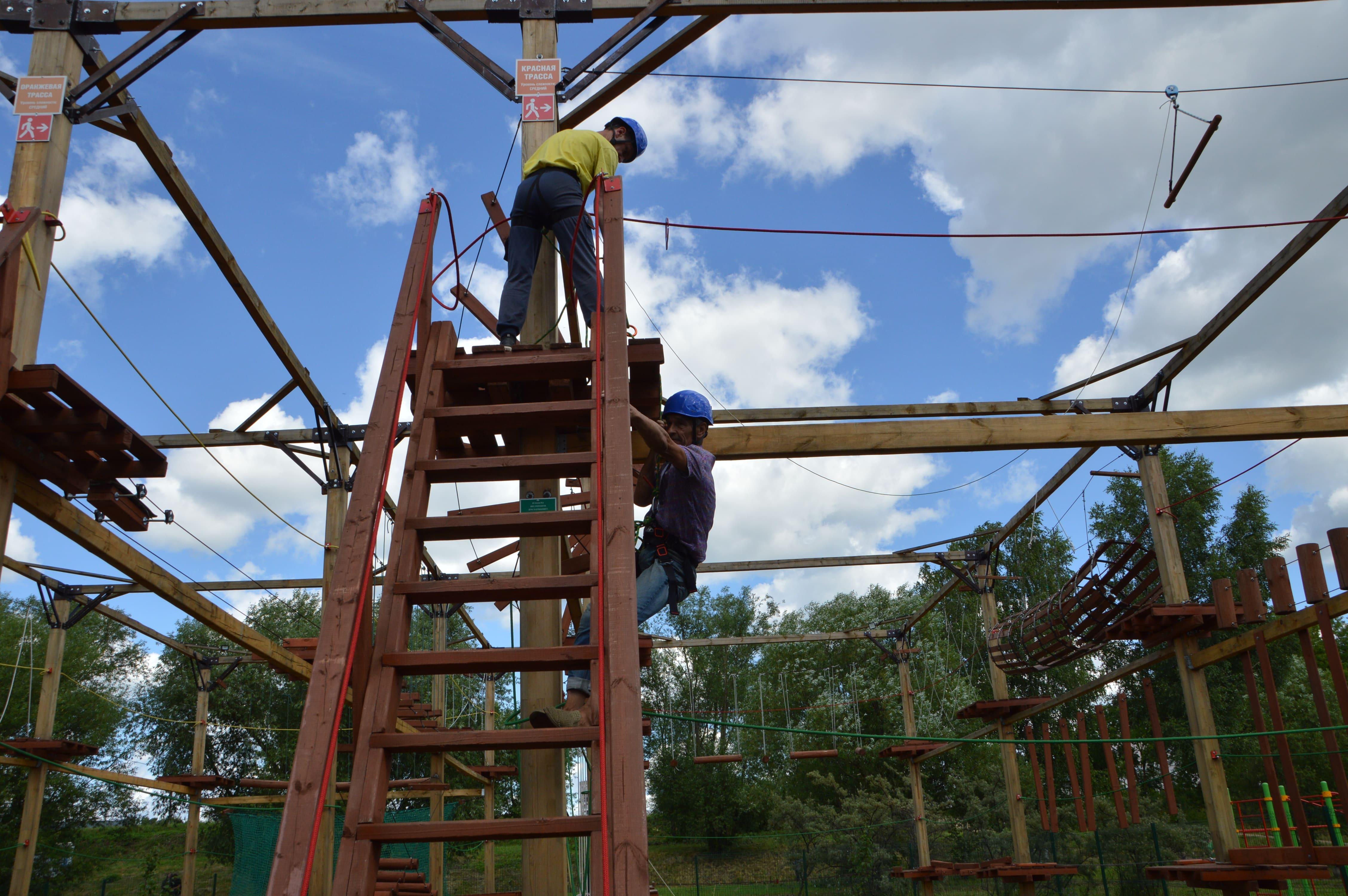Веревочный городок в ландшафтном парке «Тьмака» в центре Твери начал работу - новости Афанасий