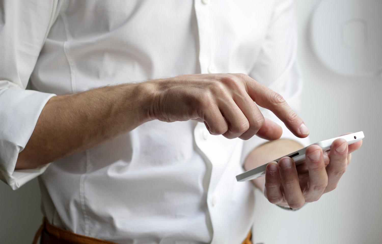 Каждый второй клиент ВТБ сбрасывает звонки телефонных мошенников - новости Афанасий