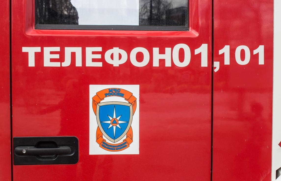 В Твери водители тушили загоревшийся в пробке автомобиль - новости Афанасий