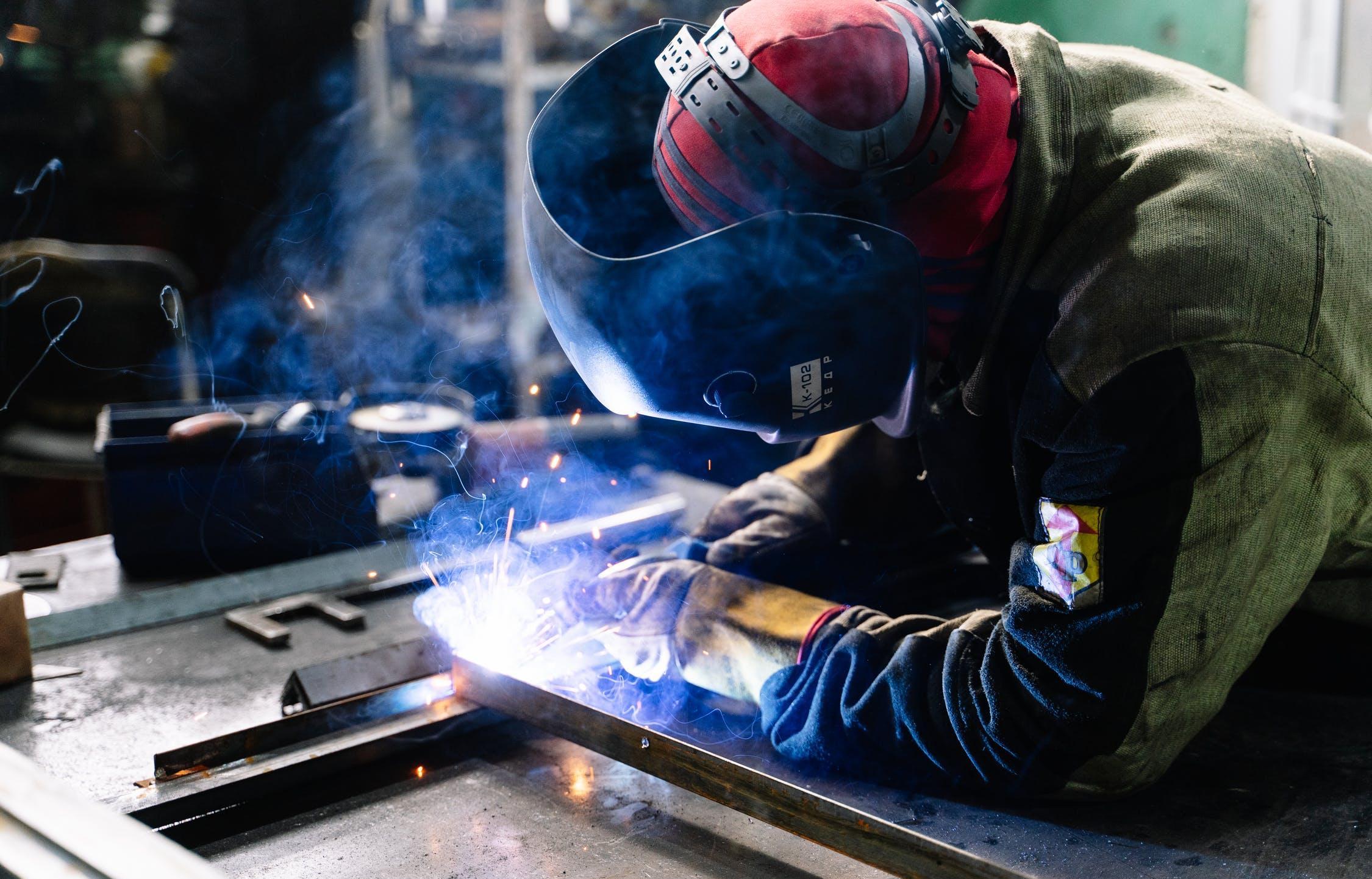 Названы самые высокооплачиваемые рабочие вакансии в Тверской области - новости Афанасий