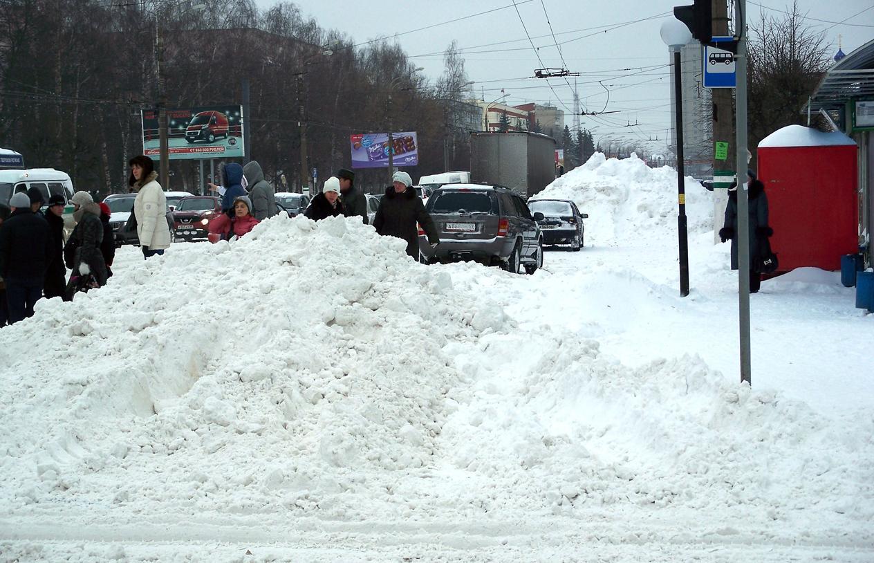 Самый сильный снегопад этой зимы надвигается на Россию