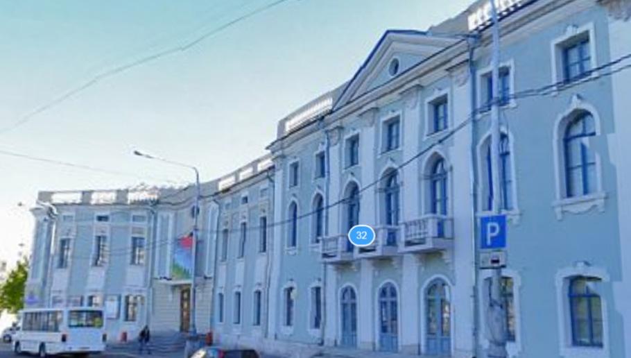 До конца 2015 года будет разработан проект реставрационных работ фасадов и крыльца здания ТЮЗа, ранее Магистрата