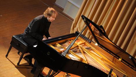 Жителей Твери приглашают на концерт шедевров фортепианной музыки