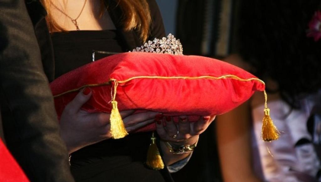 Тверских красавиц приглашают на кастинг конкурса «Мисс Тверь 2021» - новости Афанасий
