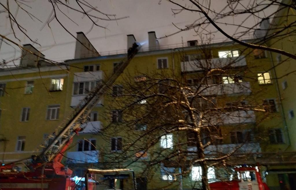 Пожар на чердаке дома в Пролетарском районе Твери потушен - новости Афанасий