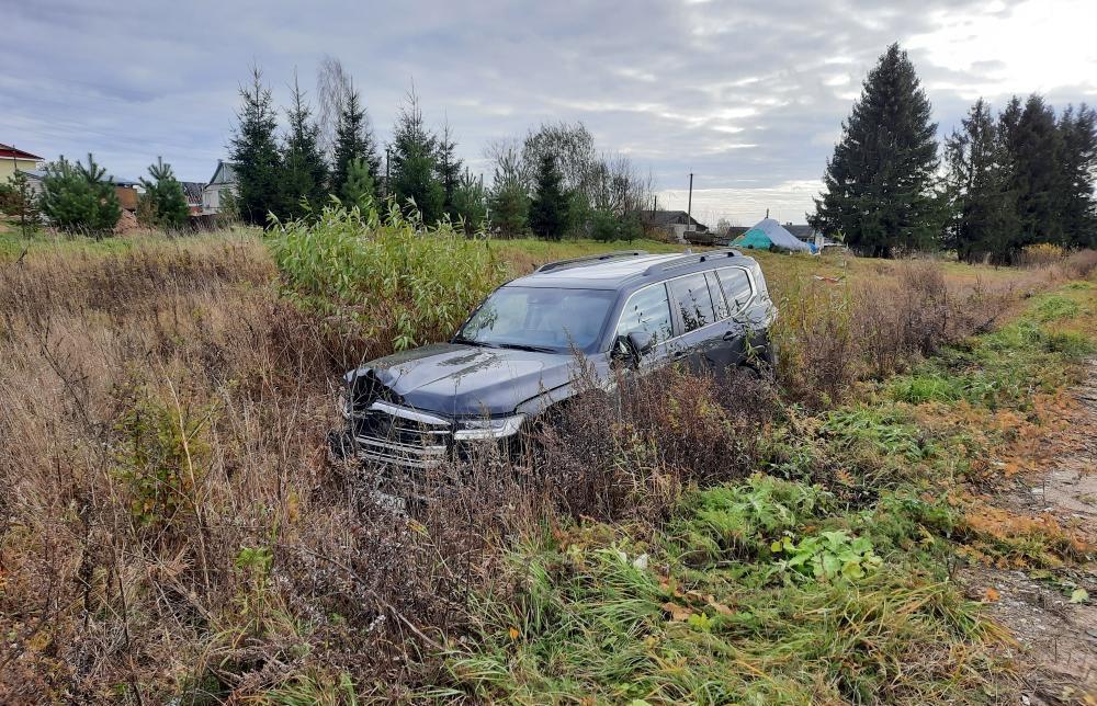 В Тверской области водитель внедорожника насмерть сбил пожилого пешехода - новости Афанасий