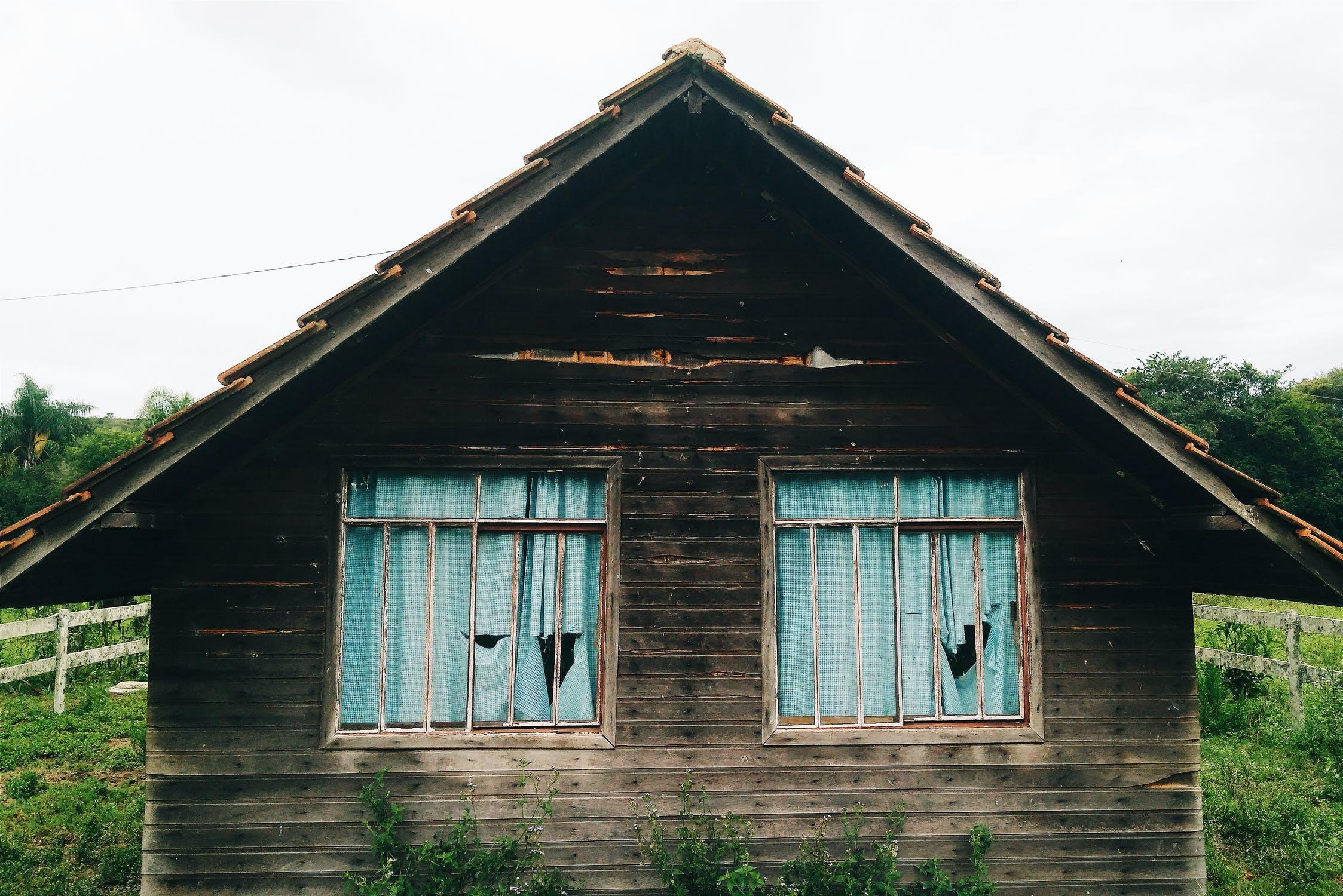 Как будет действовать закон о выявлении правообладателей ранее учтенных объектов недвижимости, разъяснил Росреестр  - новости Афанасий