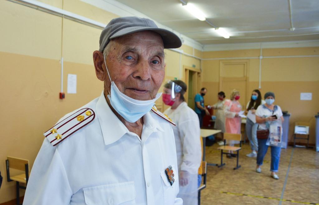 Участник Великой Отечественной войны Федор Иванович Бирюков: все законы важны для нас, граждан страны  - новости Афанасий