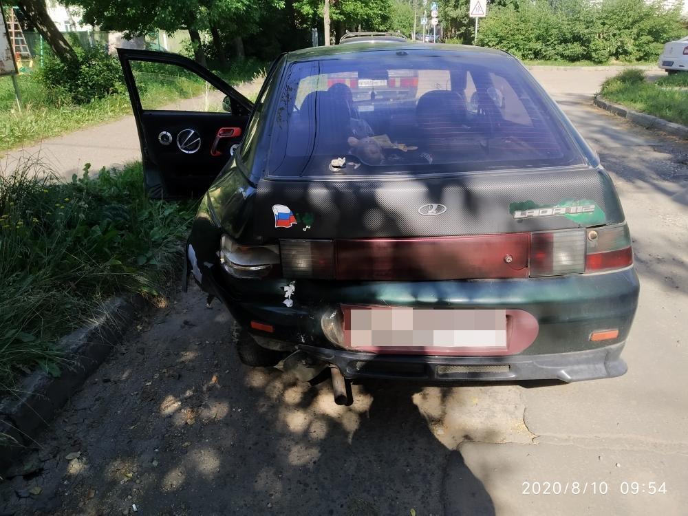 В Тверской области не имеющая водительских прав девушка устроила ДТП с пострадавшим - новости Афанасий