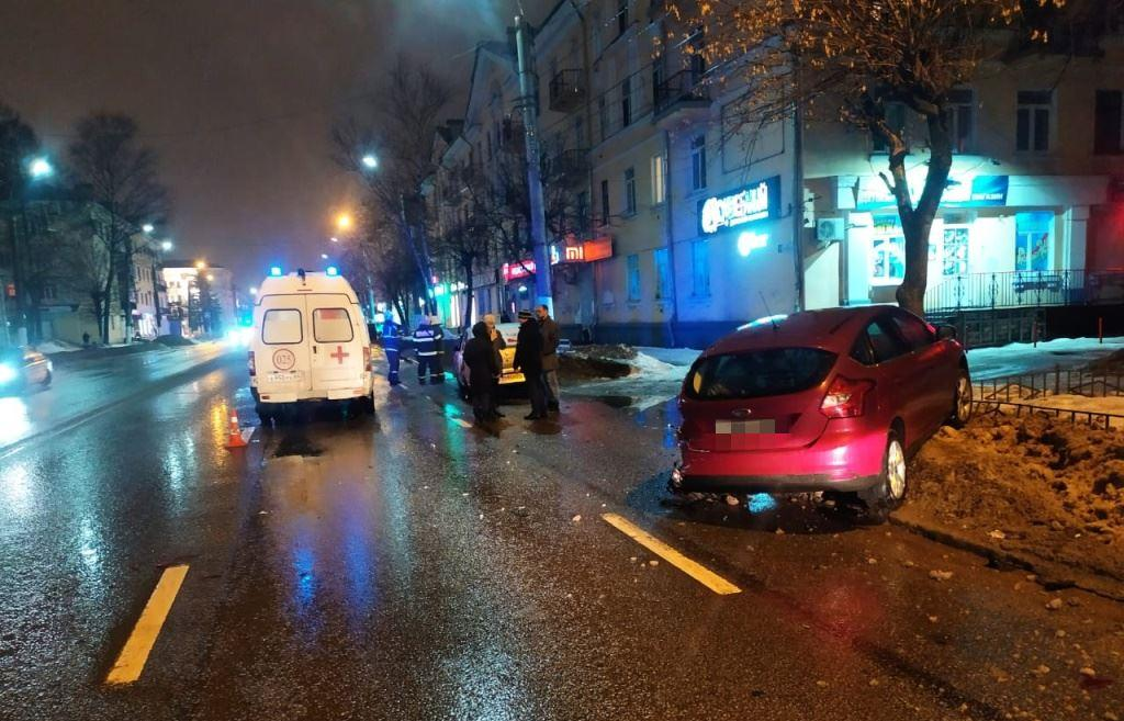 Три легковушки столкнулись на улице Горького в Твери - новости Афанасий