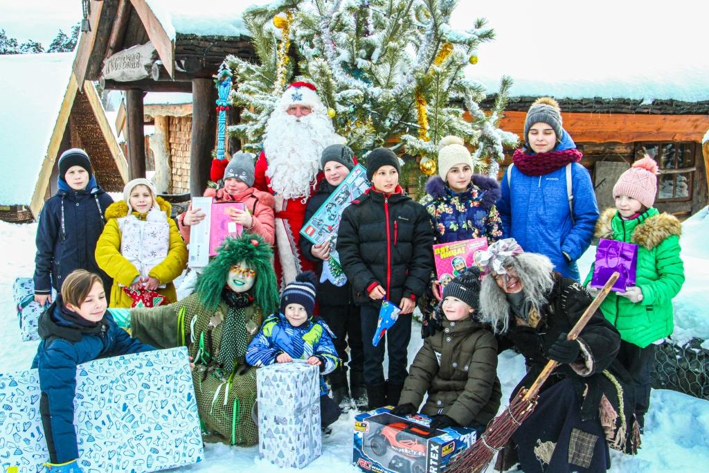 Более 700 детей из Тверской области приняли участие в акции «Праздник на дом» благотворительного фонда «Константа»