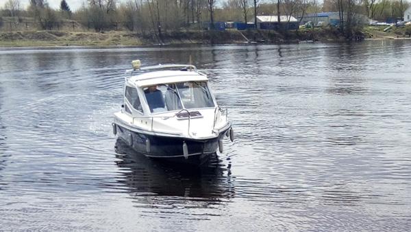 СК устанавливает обстоятельства гибели трех человек на снегоходах в Тверской области - новости Афанасий