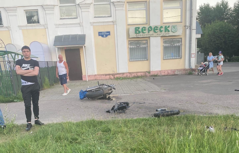 Мотоциклист погиб в ДТП в Твери - новости Афанасий