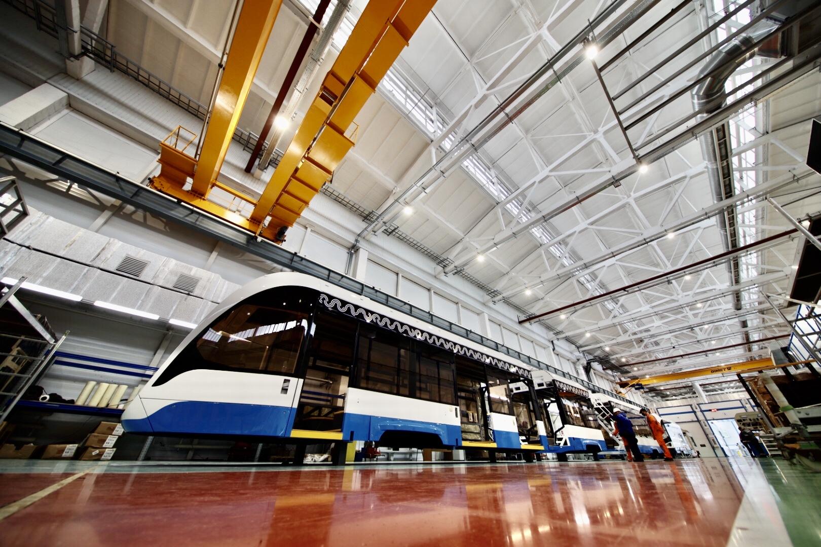 Игорь Левитин посетил тверское предприятие, производящее уникальные трамваи - новости Афанасий