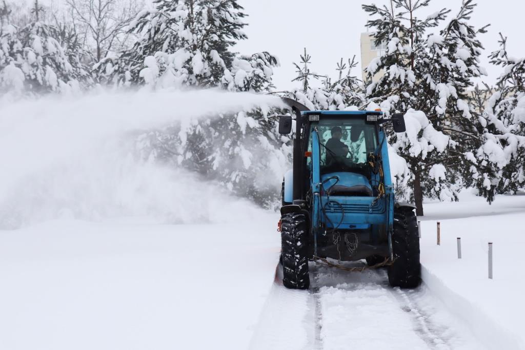 Студенты Твери собрали машину-снегомет
