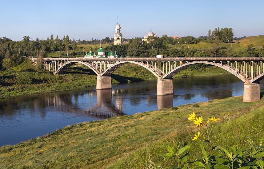 В Тверской области спасли мужчину, который собирался прыгнуть с моста - новости Афанасий
